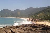 Praias da vila de Trindade