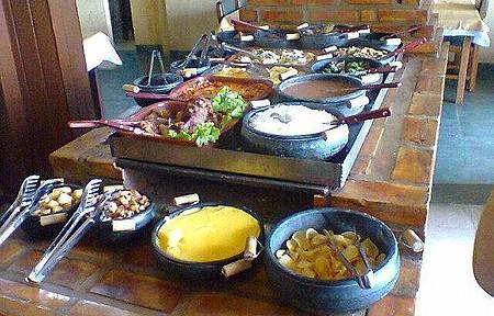 Restaurante Colonial - Ao Lado Posto H7