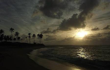 Praia do Piruí, Arembepe - LIndo amanhecer...