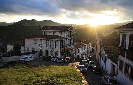 Centro Histórico - Pôr do Sol na Igreja Nossa Senhora do Carmo