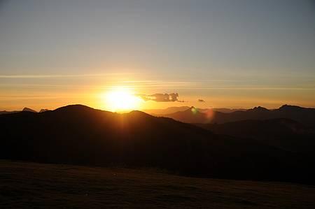 Da rampa de voo livre, pôr do sol encantador