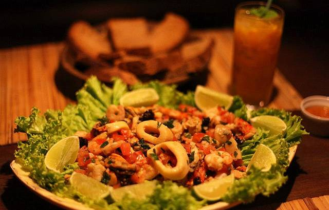 Salada de frutos do mar