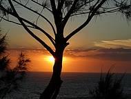 Lindo Por do Sol na Praia de Itaipuaçu