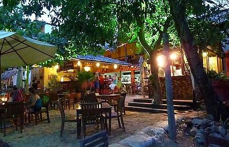 Restaurante Jery Ju - Clima de paquera impera nos bares
