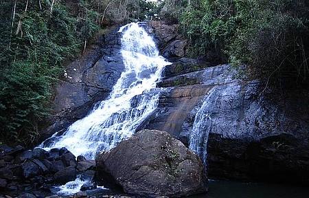Cachoeira sem nome - Cachoeira localizada na região cachoeira sette, fica em uma área rural