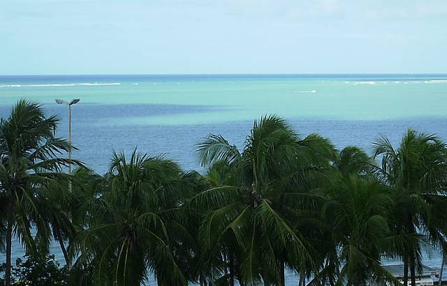 Vista da sacada na praia de ponta verde