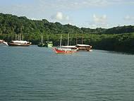 Passeio de barco Chalana
