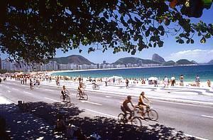 Circular pelas praias, ciclovias e calçadões