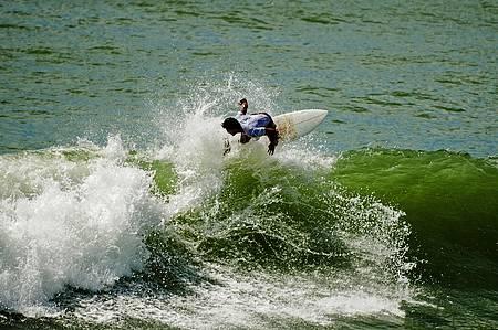 Atalaia é point dos surfisras