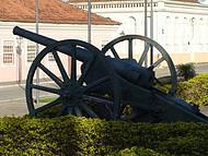 Canhões da Lapa: símbolo da resistência.