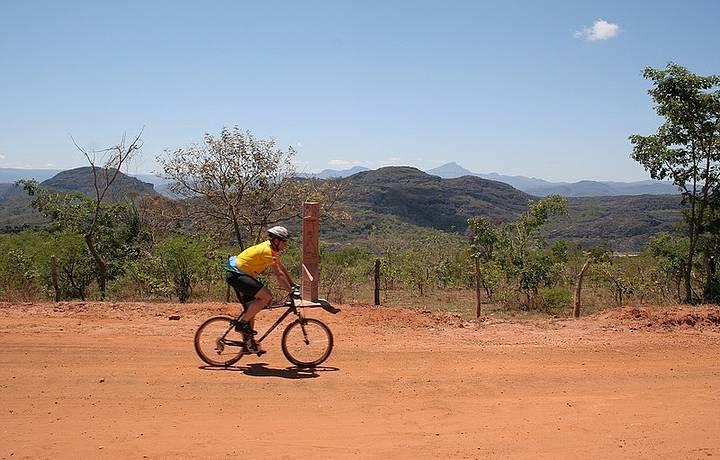 Ciclistas são brindados com boas trilhas e belos cenários