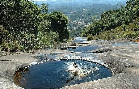 Parque Estadual da Pedra Azul - Piscinas naturais pedem um banho!