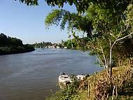 Rio que corta a cidade de Prado/BA´.