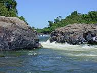 Águas do Xingu formam belas quedas
