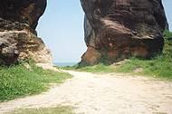 Essas são as pedras enormes que ficam bem no alto do morro, linda vista...
