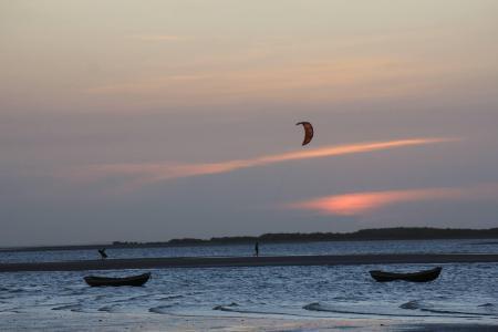 Praia de Atins - Bons ventos convidam à prática de kitesurf