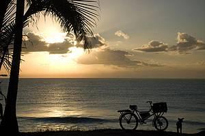 Praia do Farol: Cenário bucólico ao amanhecer<br>