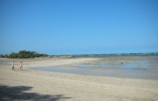 4ª Praia. Tranquilidade perfeita para um passeio.