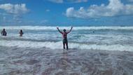 Águas Mornas e Boas Ondas...