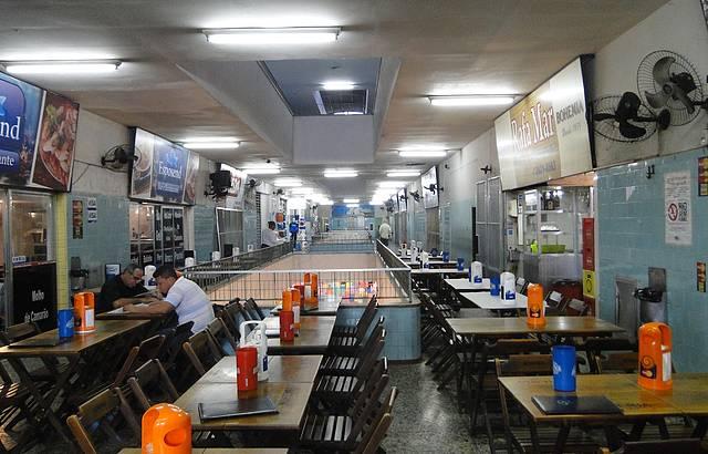 Restaurantes no 2º piso do Mercado de Peixe São Pedro