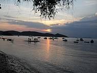 Por-do-sol na Praia da Armação