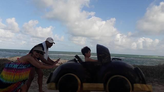 O Guia Jonata Ainda Ti Coloca Dentro de um Fusca de Coco