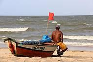 Pescadores também enfeitam a paisagem