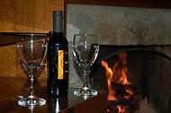 Lareira, vinho e boa companhia são indispensáveis em Monte Verde