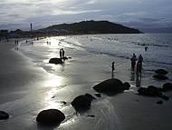 Linda praia ao extremo norte da Ilha. Fim de tarde.