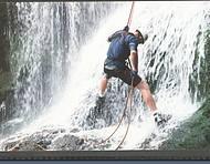 Descida de cachoeira est� entre as atividades mais praticadas na regi�o