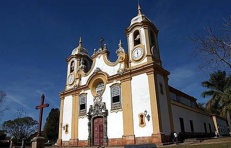 Matriz de Santo Antônio - Cartão-postal descortina belos cenários