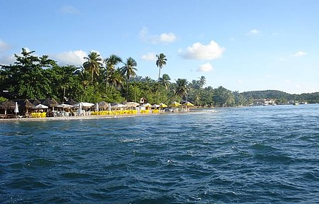 Boca da Barra - Vista da Praia com a Maré Bem Cheia, Maré Grande