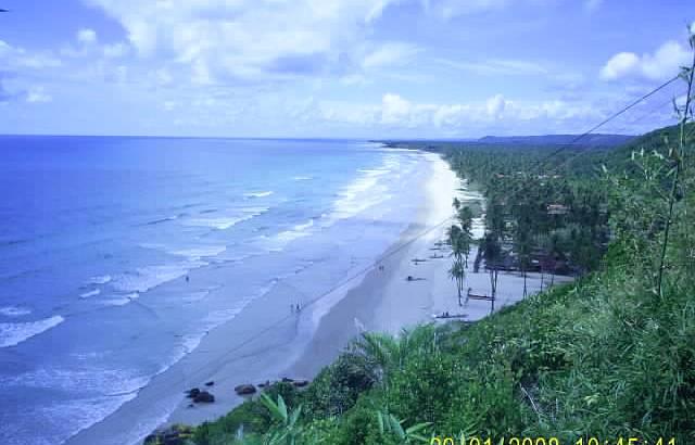 Bela vista da praia de Havaizinho