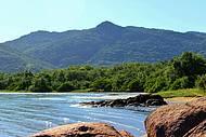 Vista das bucólicas praias no litoral norte.