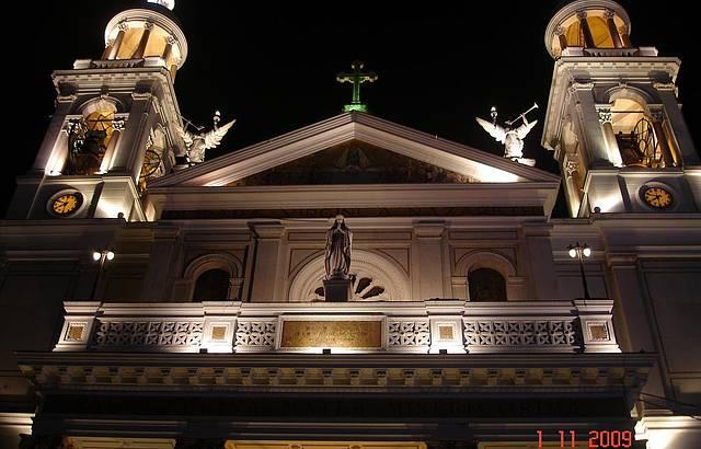 A basílica de Nazaré é indescritível...
