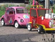 Mini carros coloridos para diversão das crianças