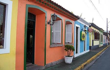 Rua do Fogo - Casario preservado colore centro histórico