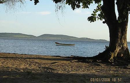 Lagoa de Araruama - Um belo fim de tarde na beira da lagoa.