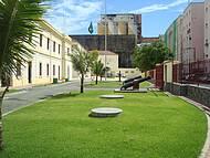 Prédio Militar no Centro Antigo