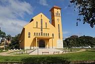 Igreja na Pra�a de entrada no Grande Hotel