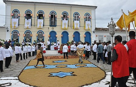 Corpus Christi - Cidade se enfeita para as festas religiosas