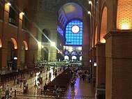 Vista dentro da Basílica