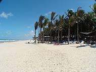 A beleza da praia anexa.