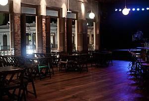 La Esquina Teatro Bar