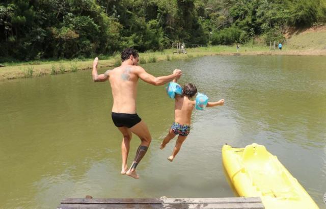 Farra garantida no banho de lago no Angico
