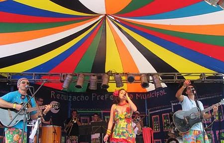 Carnaval - Eventos de rua movimentam a cidade