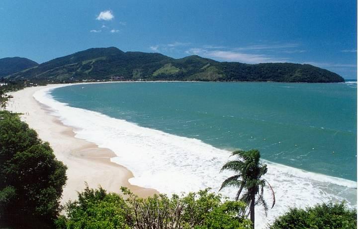 Tabatinga tem águas calmas e cristalinas