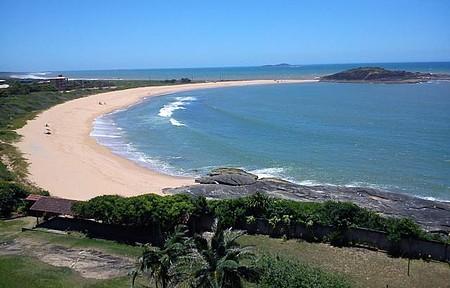 Um dia normal na praia de Setiba