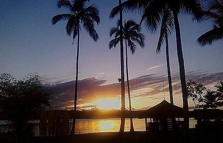 Praias e ilhas - Por do sol é apreciado de vários pontos