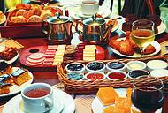 Cafés coloniais enchem os olhos dos visitantes